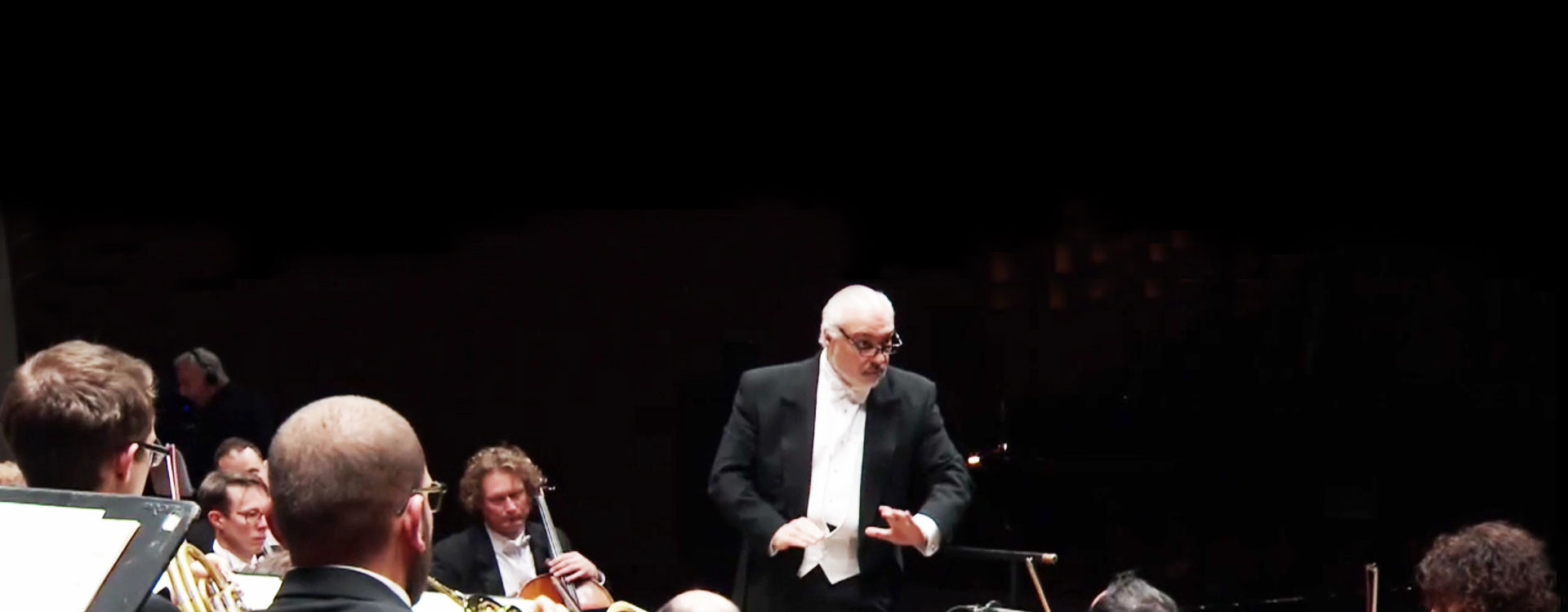 Constantine Orbelian conducts Mozart, Shor, Khachaturian and Offenbach